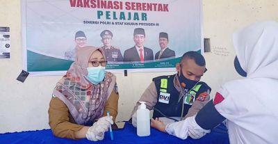 Polres Wakatobi Terus Gelar Vaksinasi dengan Sasaran Universitas dan Komunitas di Wakatobi